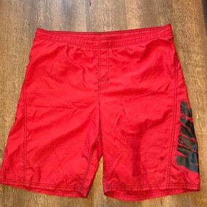 ❤️ Nike Netted Red Classic Fit Swim Trunks ❤️